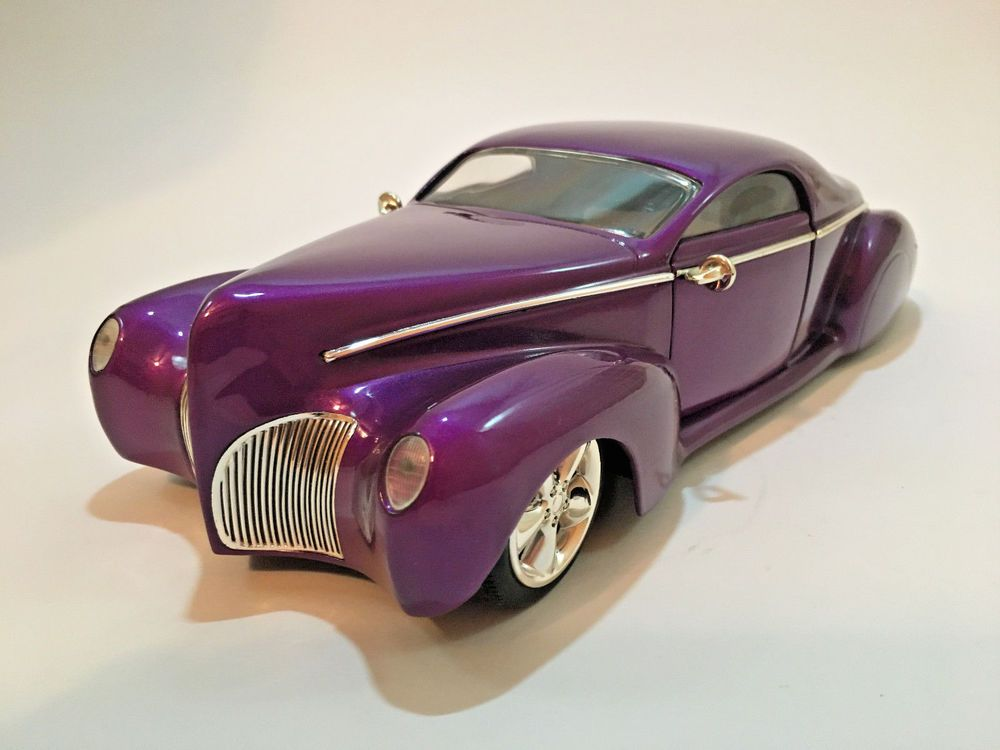 1 18 Scale Hot Wheels 1937 Lincoln Zephyr Purple Diecast Model