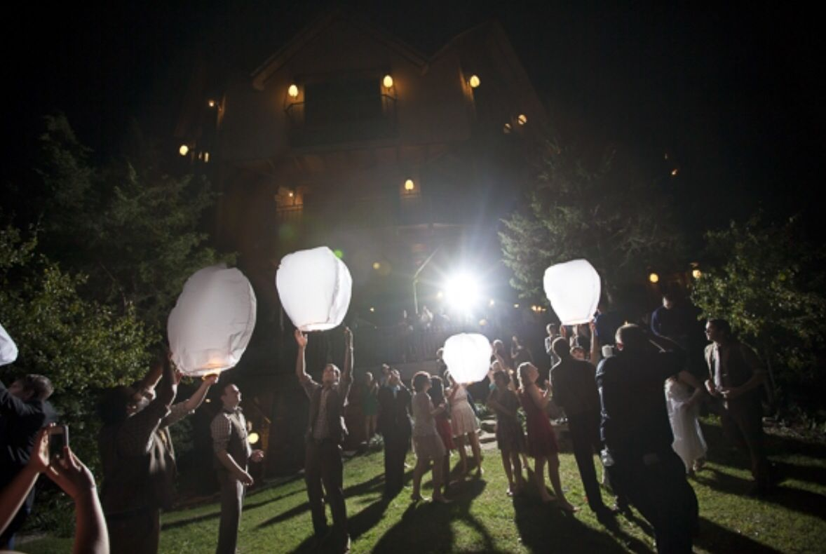 Wedding ideas with lanterns  Will have sky lanterns at my wedding  Wedding  Pinterest  Sky