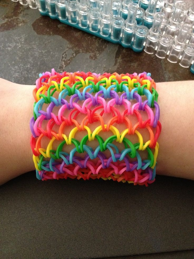 e70dc2ae3fab Tutorial - Pulsera de gomitas ancha con los colores del arcoiris ...