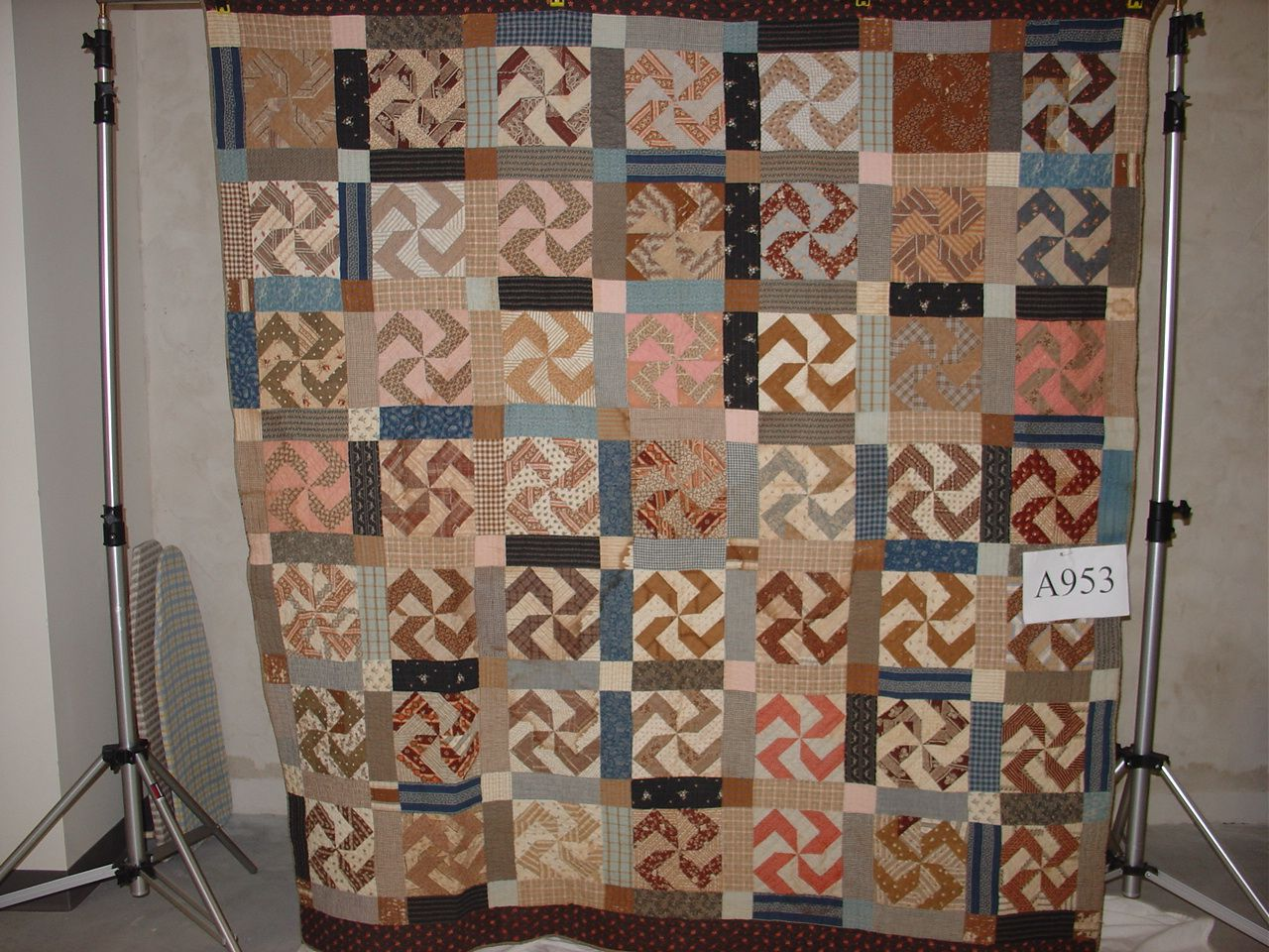 Swastika quilt (pre-WWII) | Reproduction Quilts | Pinterest ... : swastika quilt - Adamdwight.com