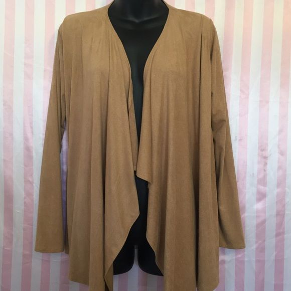 Medium kimono Small faux suede kimono  Fits up to Large  With dream catcher in the back Indian  Hippie  Earth tones   Stretch Tops