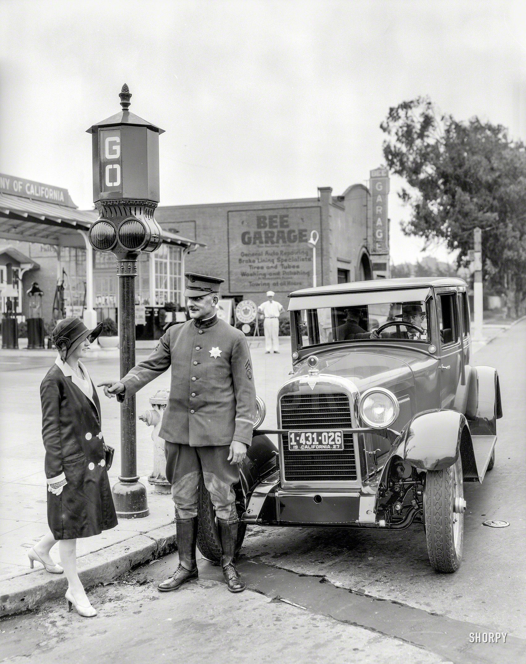 Shorpy Historic Picture Archive Stop And Go 1927 High