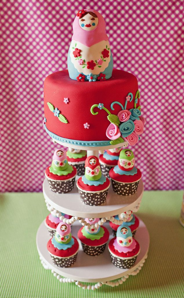 Matryoska russian stacking dolls cake great for a baby shower
