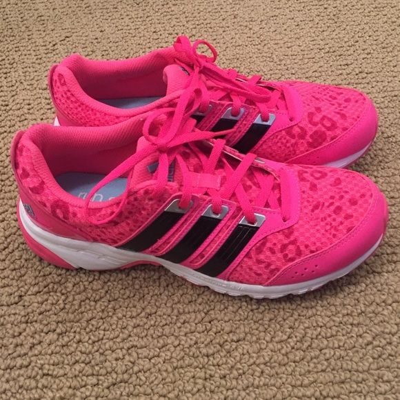 Adidas Run Smart leopard hot pink sneaker! Worn once for a couple hours so  they