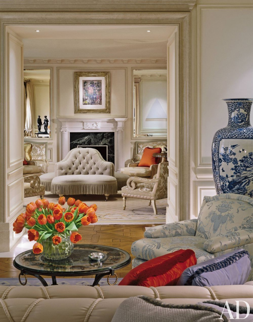 Traditional Living Room By Geoffrey Bradfield Inc. In