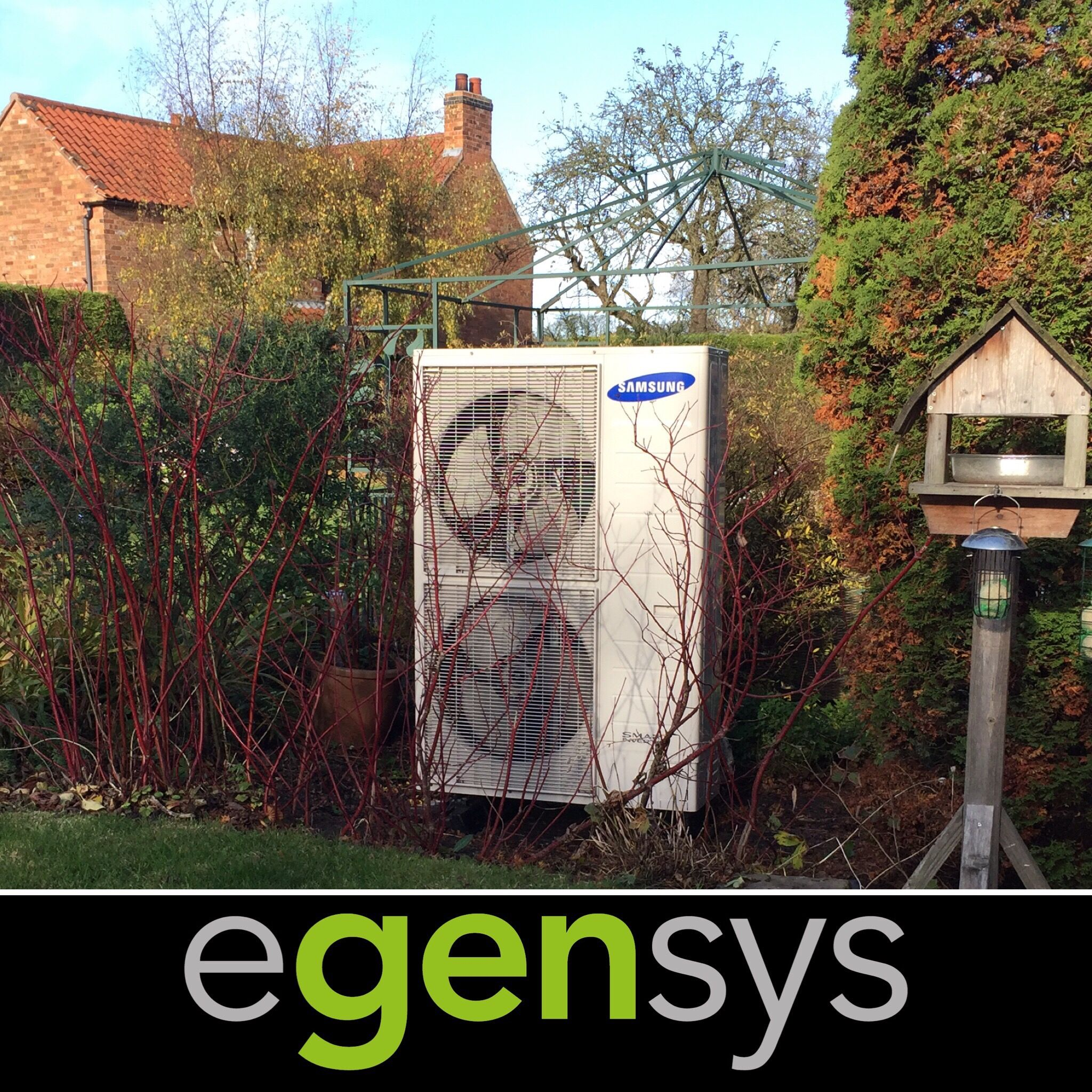 Air Source Heat Pumps like this 16kW Samsung unit extract