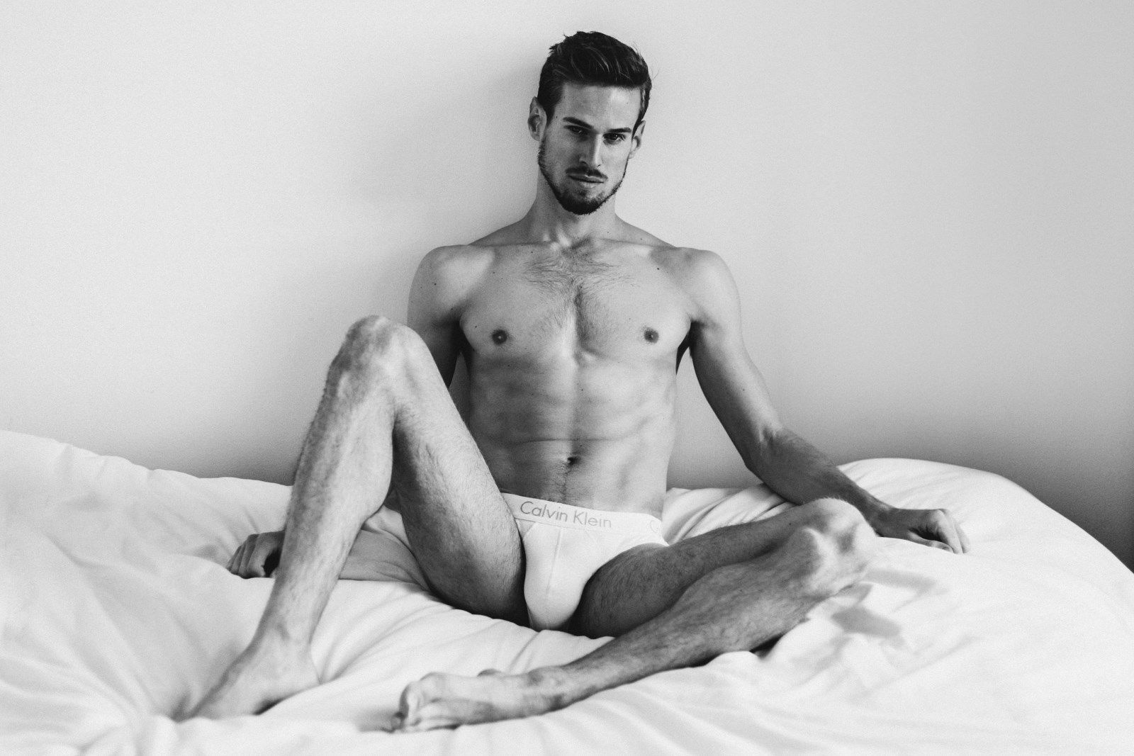 Gorgeous naked males, nude pitcures