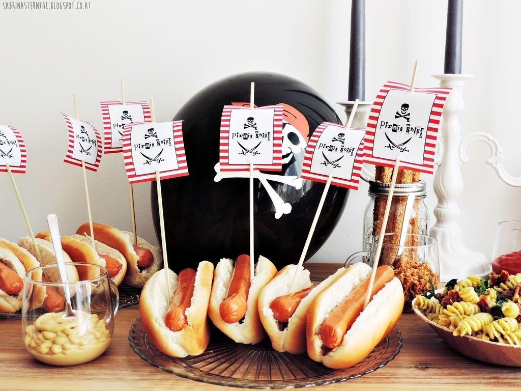 babys first birthday pirates birthday party little pirates piratenparty der erste. Black Bedroom Furniture Sets. Home Design Ideas
