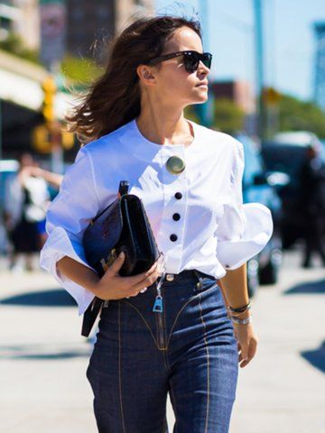 Try this unexpected styling trick to make skinny jeans feel fresh:  https://t.co/9RUTancBEW https://t.co/QraJcHy9ni