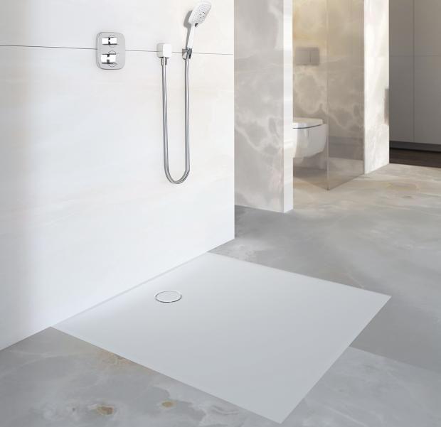 ebenerdige duschen luxus im badezimmer bodenplane duschfl che ohne kanten und rillen. Black Bedroom Furniture Sets. Home Design Ideas