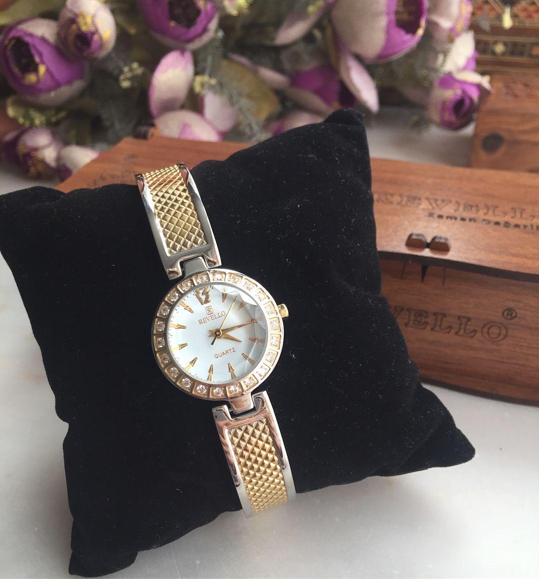 Revello Bayan Kol Saati Etiketli Orijinal Ahsap Kutusu Ile Gonderilecektir Vintage Vintagesaat Vintagewatch Saat S In 2020 Bracelet Watch Accessories Wrap Watch