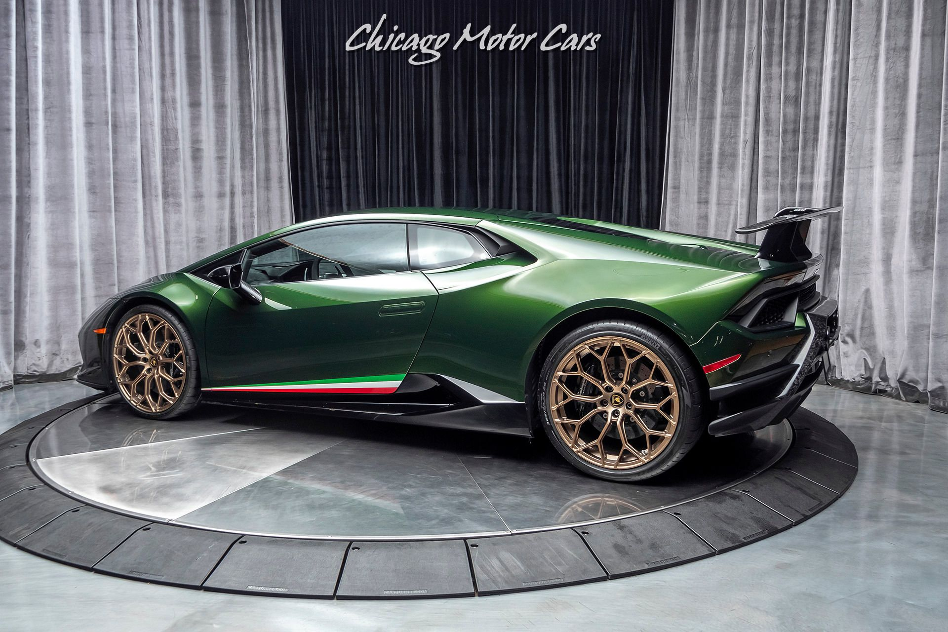 2018 Lamborghini Huracan Performante Lp640 4 Coupe Chicago Motor Cars United States For Sale O Lamborghini Huracan Lamborghini Lamborghini Huracan Spyder