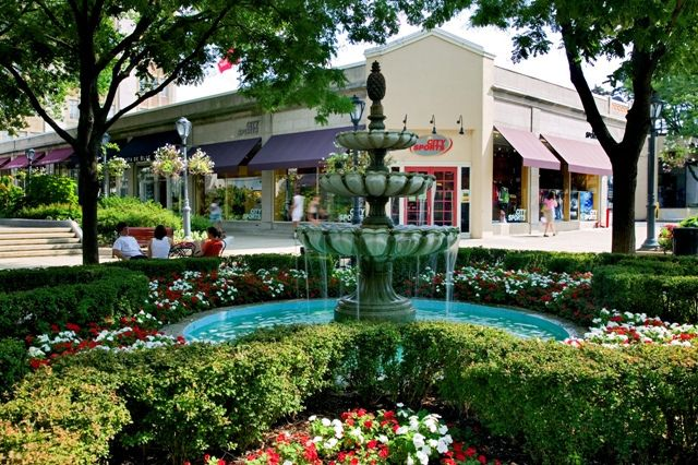 Suburban Square Ardmore Pa Ardmore Small Towns Outdoor Shopping