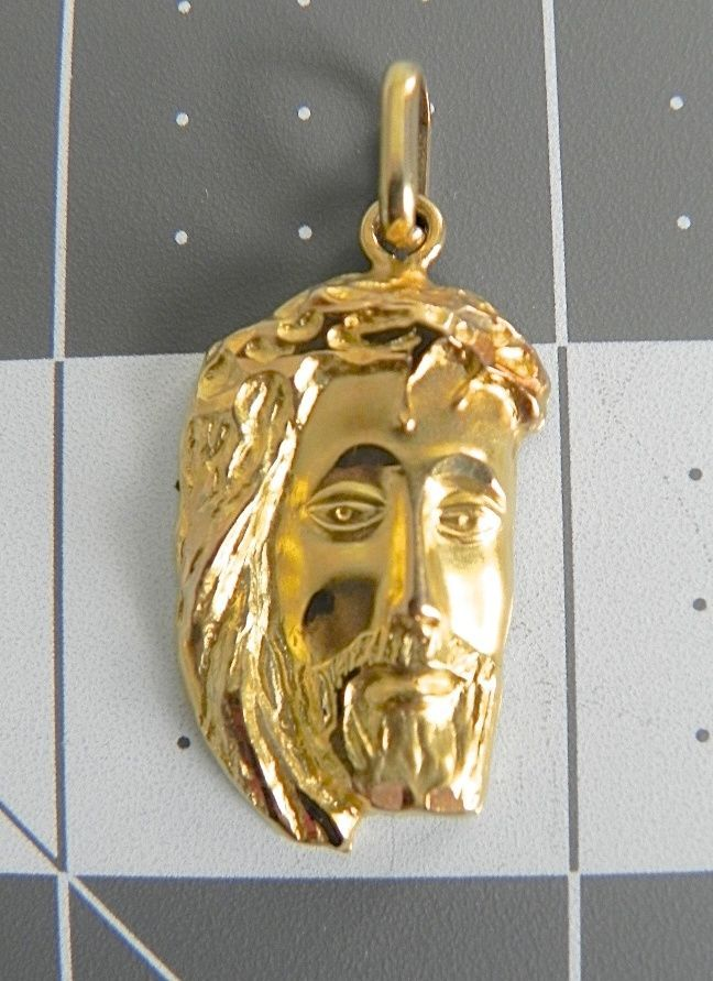 Stamped18k Gold750 Made In Italy Face Of Jesus Pendantcharm 42