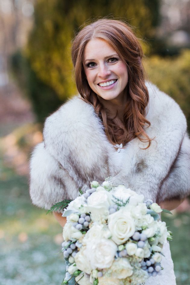 Bride with a Fur Cover-up | Glamorous Winter Wedding | The Jon Hartman Photography Co | Bridal Musings Wedding Blog
