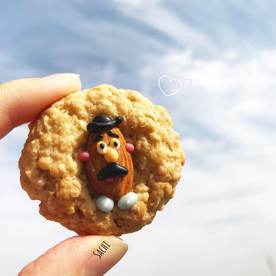 チョコペン要らず Sachiさん考案 デコアイデア が画期的すぎる Macaroni 可愛い クッキー チョコ 手作り お菓子 かわいい