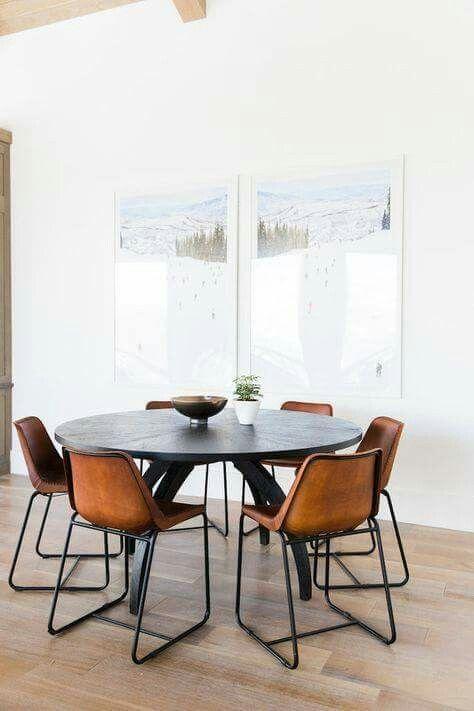 Stoelen Voor Bij Een Eettafel.Mooie Combinatie Ronde Eettafel En Stoelen Moderne Eetkamer