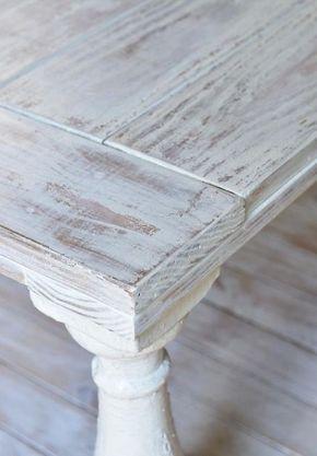 Meubles vintage DIY - 3 techniques faciles pour patiner le bois - comment peindre un vieux meuble