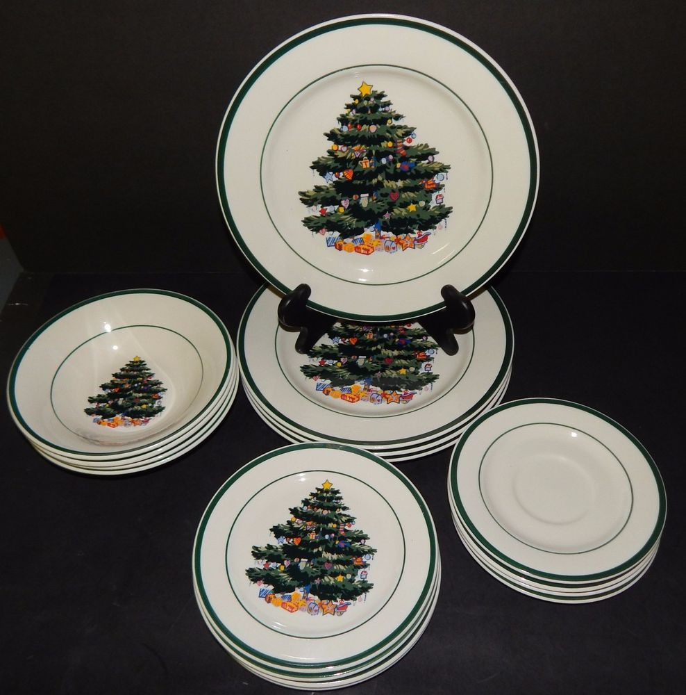 4 Place Settings Totally Today CHRISTMAS TREE White Red Green Plates 16 Pieces #TotallyToday & 4 Place Settings Totally Today CHRISTMAS TREE White Red Green Plates ...