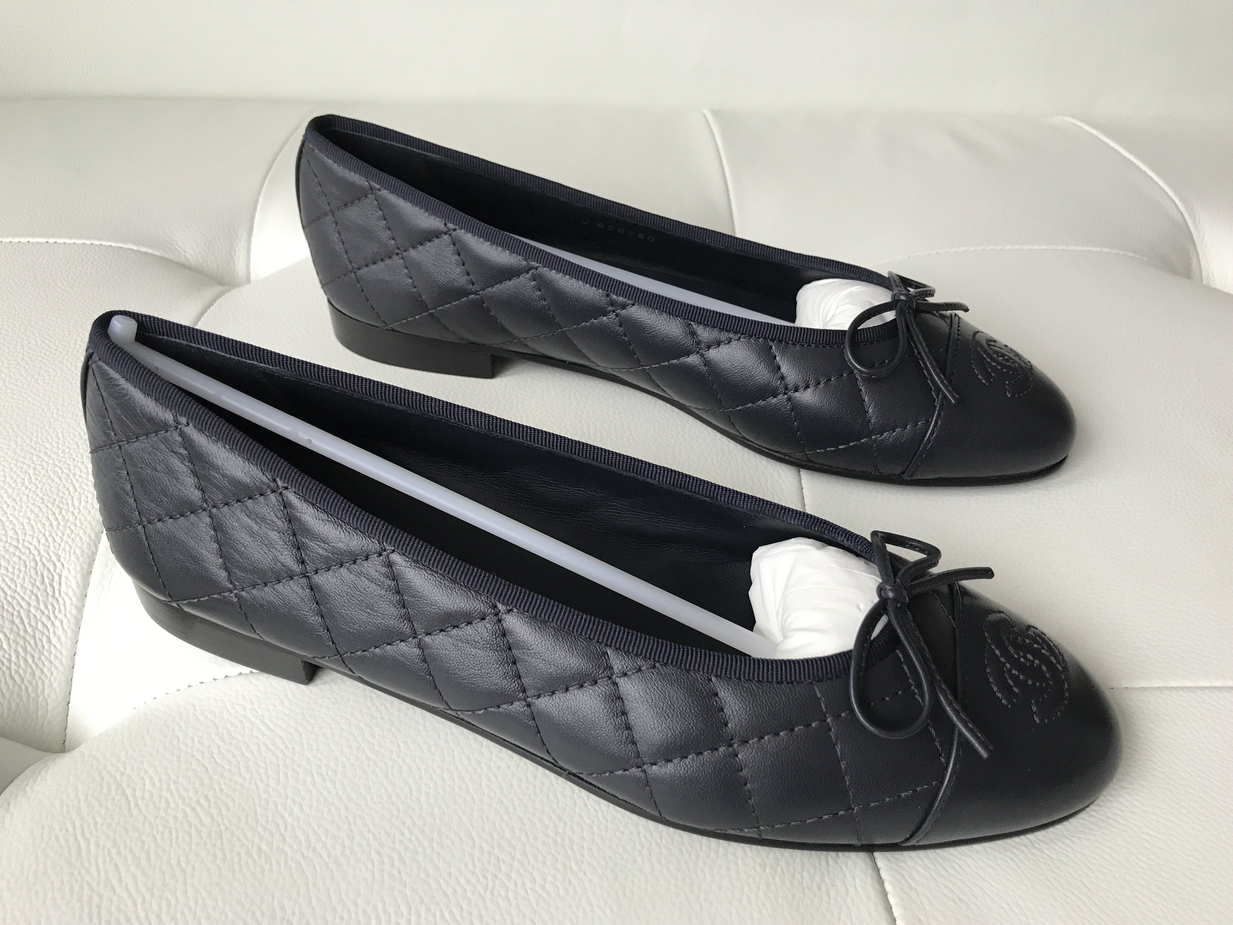 fcd481739aa95 CHANEL BLUE DARK NAVY LEATHER QUILTED CAP TOE BALLET BALLERINA FLAT FLATS  SHOES