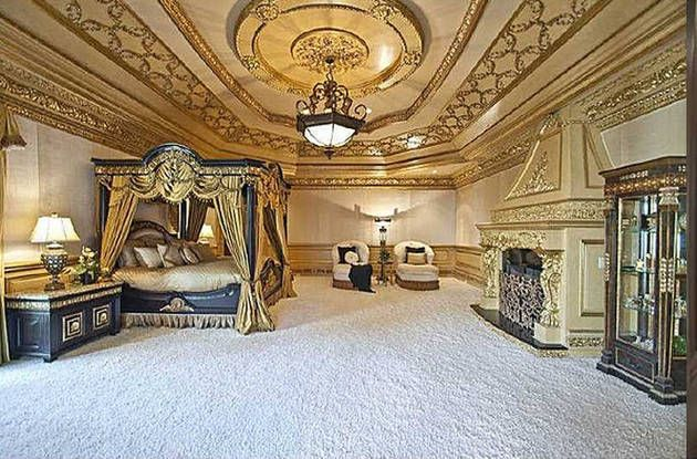 Rhoatl s big poppa house on sale for 19 9 million for Amazing mansions inside