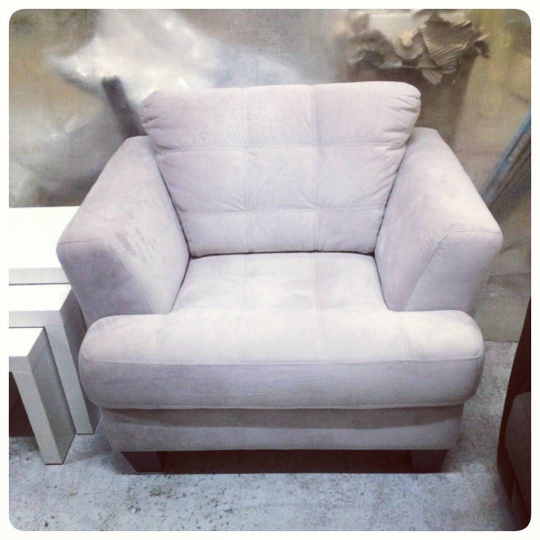 For Sale Single Chair New Price 28 Bd للبيع كرسي لشخص واحد لون بيج جديد السعر 28 Bd Tel 33770050 In 2020 Love Seat Armchair Couch