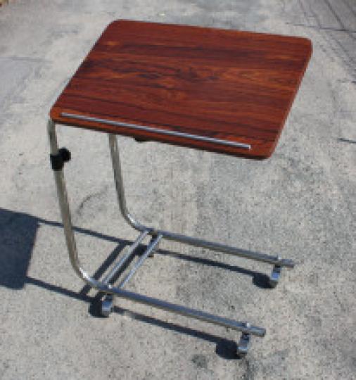 table de lit stelle formica vintage ann es 50 table de lit desserte bout de canap stelle. Black Bedroom Furniture Sets. Home Design Ideas