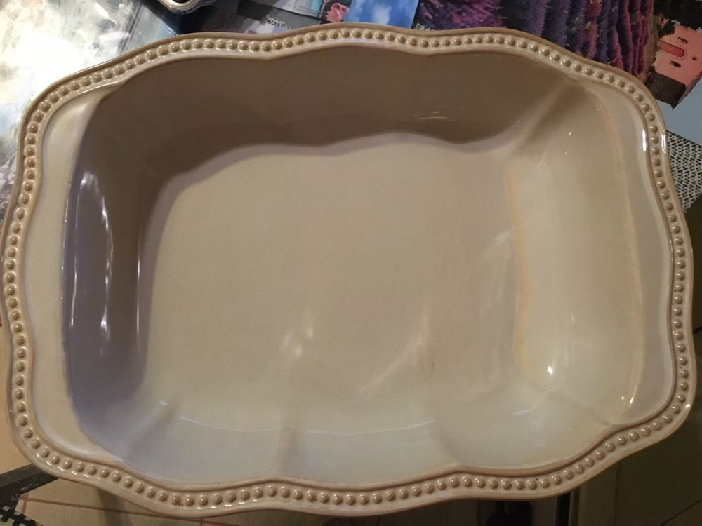 Roscher & Co Hobnail China Cream Collection Oval X Large 15\