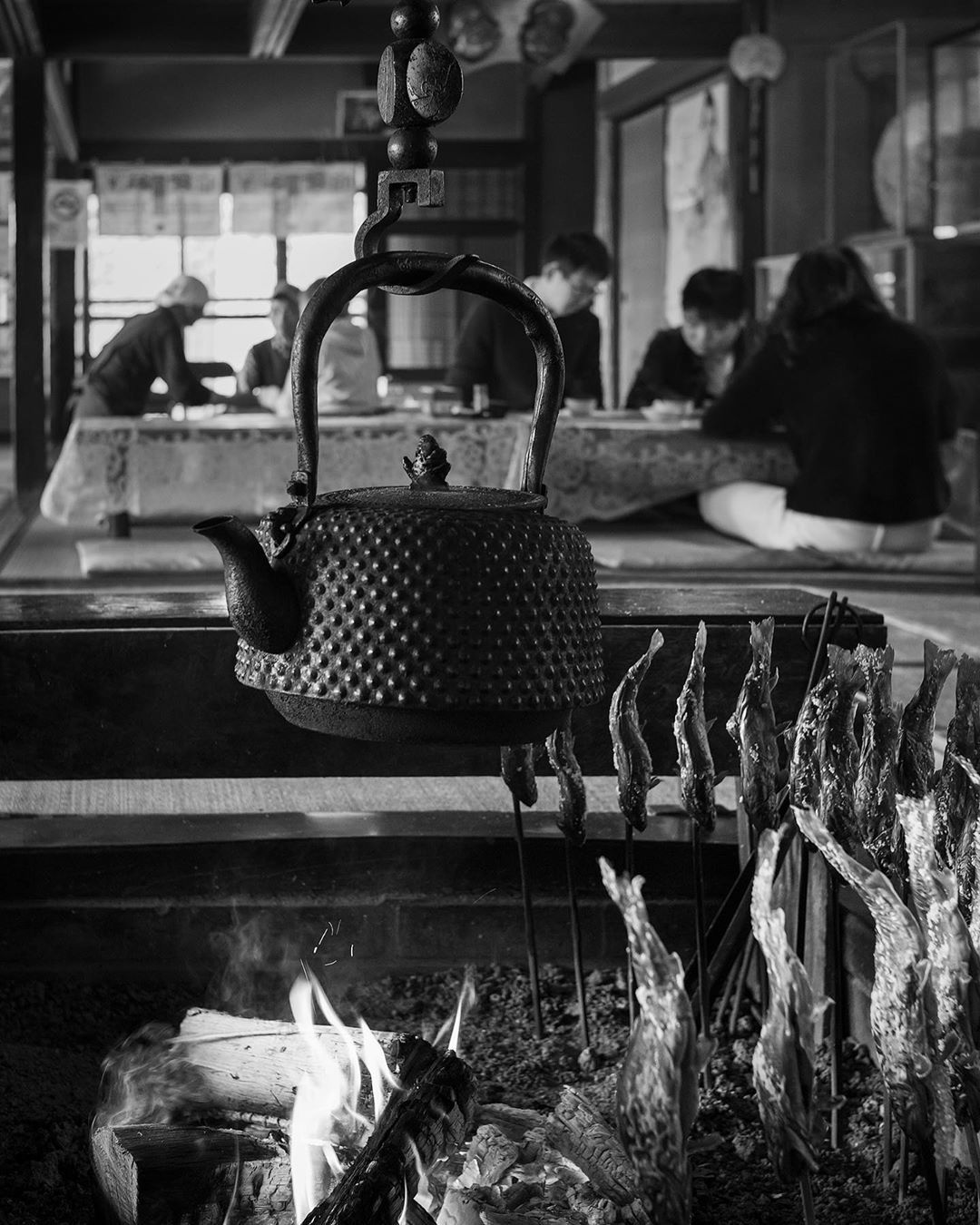 """Piya_photogallery on Instagram: """"Grilled fish at Ocuchi Juku is very fresh and healthy. You can eat all of the whole body. #ocuchijuku #fukushima #leicaphotography"""""""