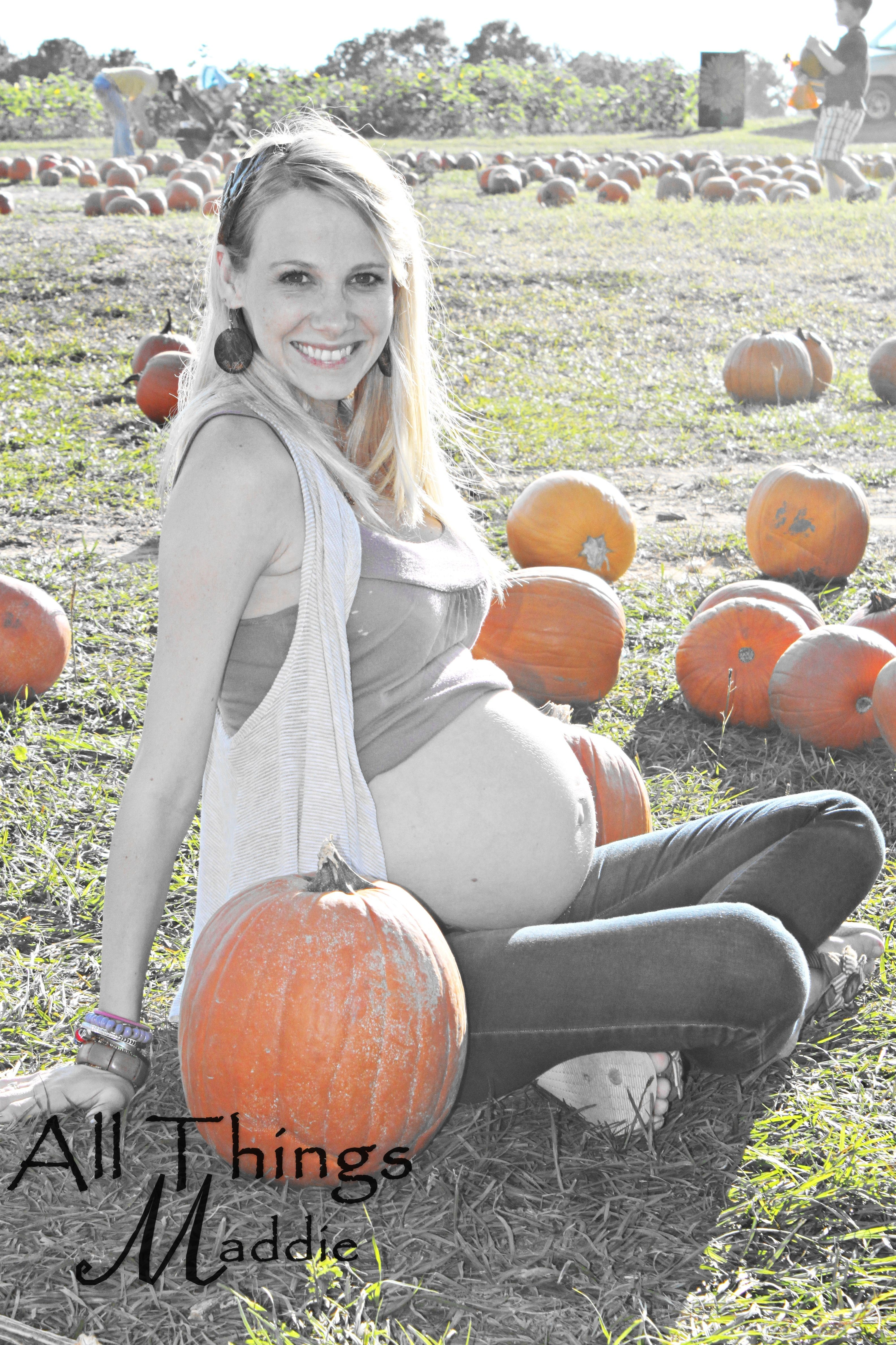 Great October Maternity Picture