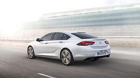 Die eigenständige Lichtgrafik soll den neuen Opel Insignia unverwechselbar machen.