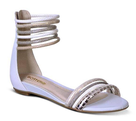 6be919081 Sandália rasteira off-white com tiras   Sandálias   Bottero Calçados