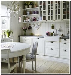 Cuisine Ikea Savedal Blanc Recherche Google Romantic Kitchen Country Kitchen Country Kitchen Cabinets