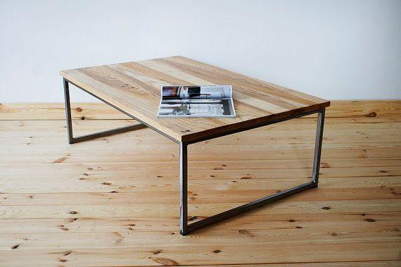 entworfene und von hand aus massiver esche holz und stahl. Black Bedroom Furniture Sets. Home Design Ideas