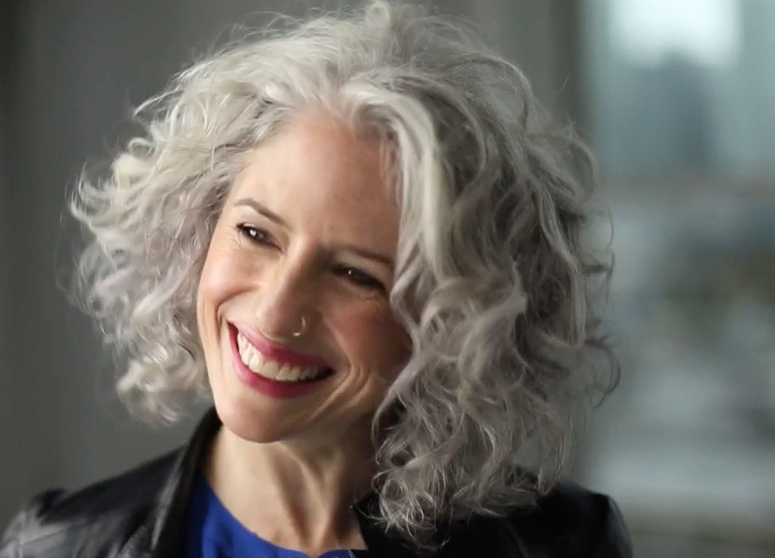 23+ Grey curly bob hairstyles ideas in 2021