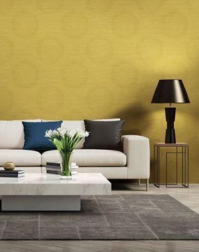 Dekens Onyx behang met gele bollen in woonkamer | INDUSTRIEEL BEHANG ...