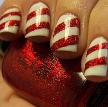 Candy cane stripped nails, perfect for Christmas