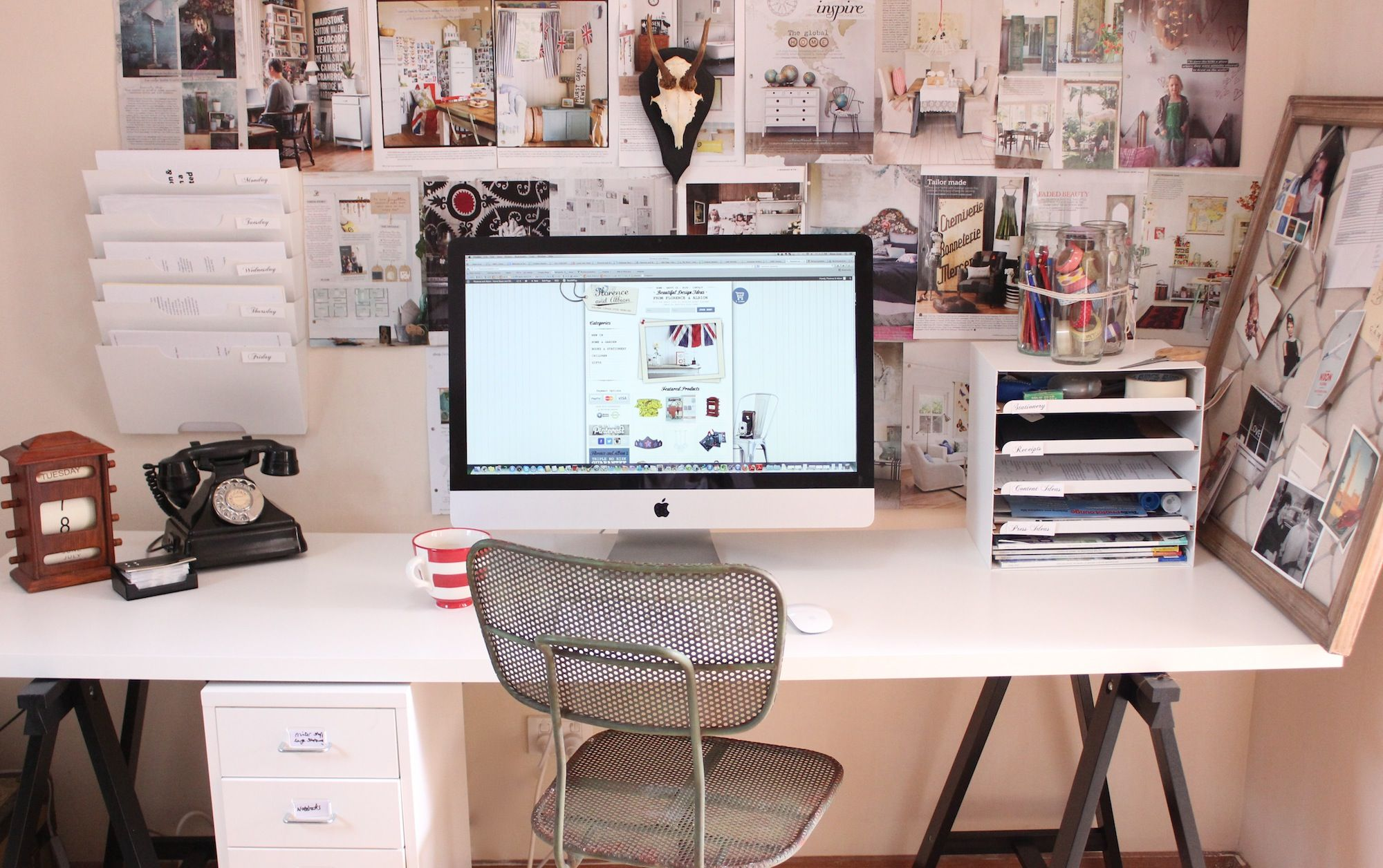 Furniture Small Home Office Organization Eas With Spectacular Home Office Desk With Computer And Cool Photography Decoration On The Wall Cool Home Office ... & Furniture Small Home Office Organization Eas With Spectacular Home ...