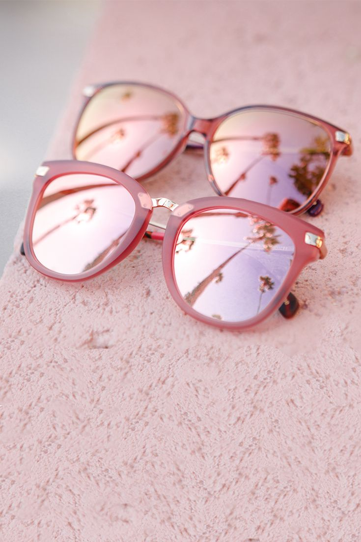 e4a4a8d26 Everything is rosy in pink TOMS sunglasses! Click to shop the Adeline in  Matte Sherry and the Sandela 201 in Sherry Crystal. Os Óculos Perfeitos para  ...