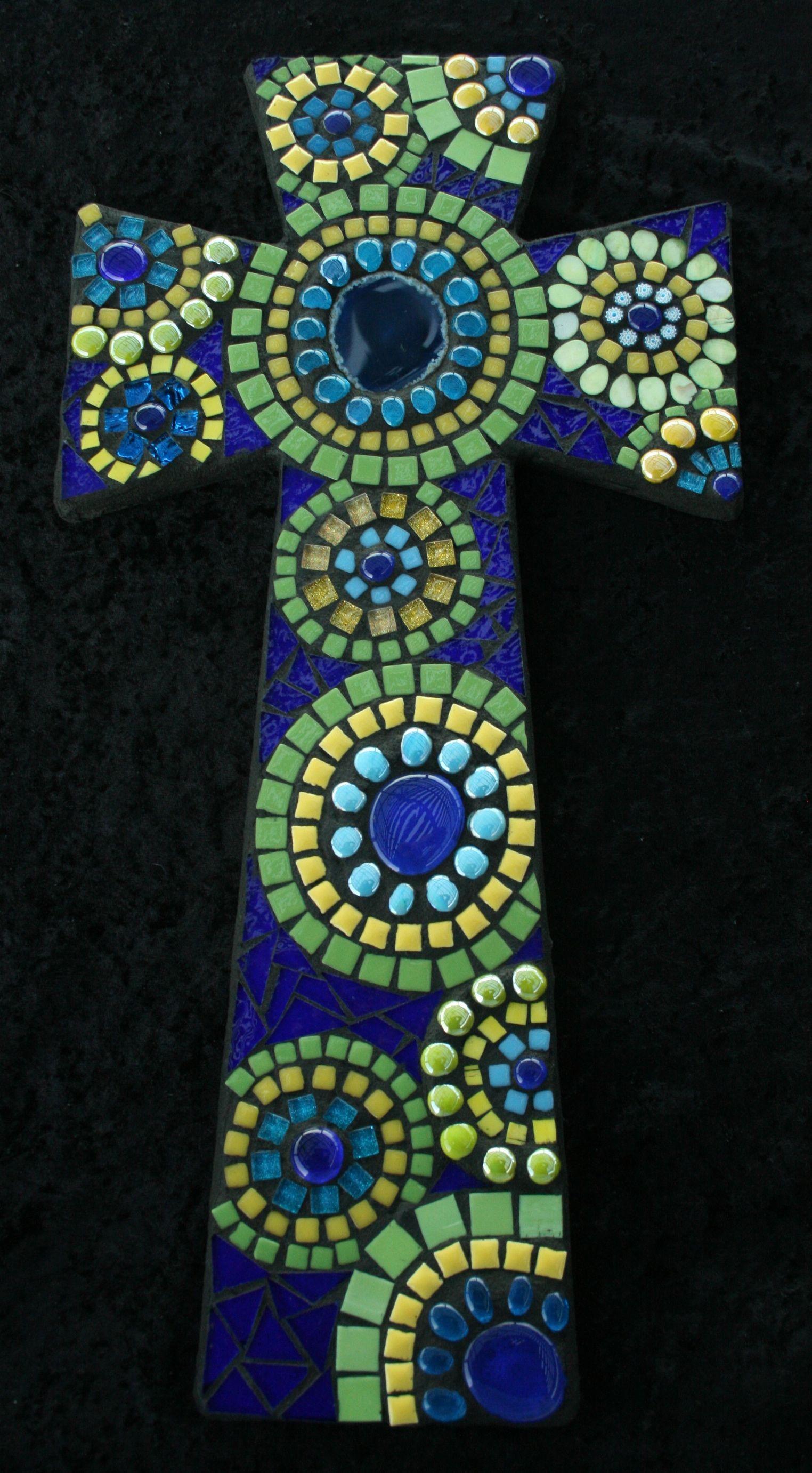 Peacock cross from www.2sisterscreationstx.net