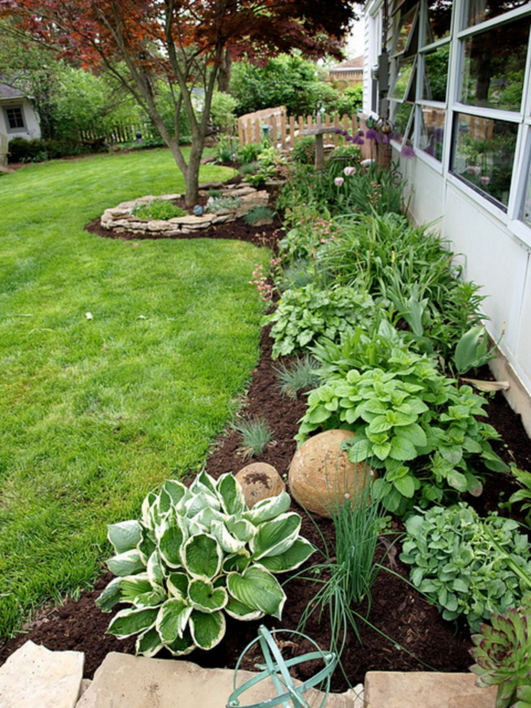 Flower Beds In Front Of House Ideas 5219 Small Backyard