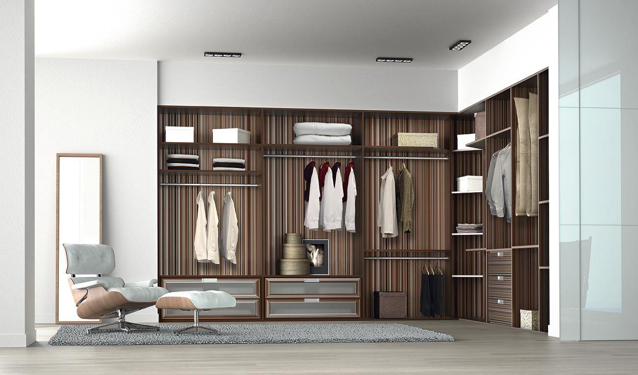 Un elegante y moderno vestidor con fondo en papel pintado! https://papelvinilicoonline.com/es/blog/decorar-muebles-con-papel-pintado-n49