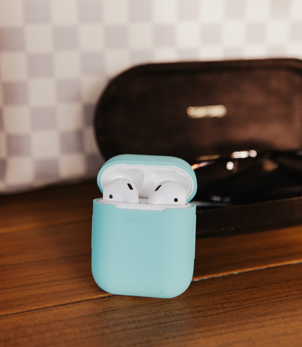 Apple Airpods For A Sweet Deal Mint Arrow Black Friday Target Mint Arrow Happy Black Friday
