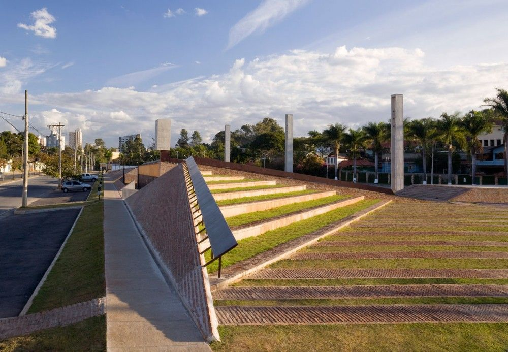 PAMPULHA SQUARE / Arquitetos Associados (4)