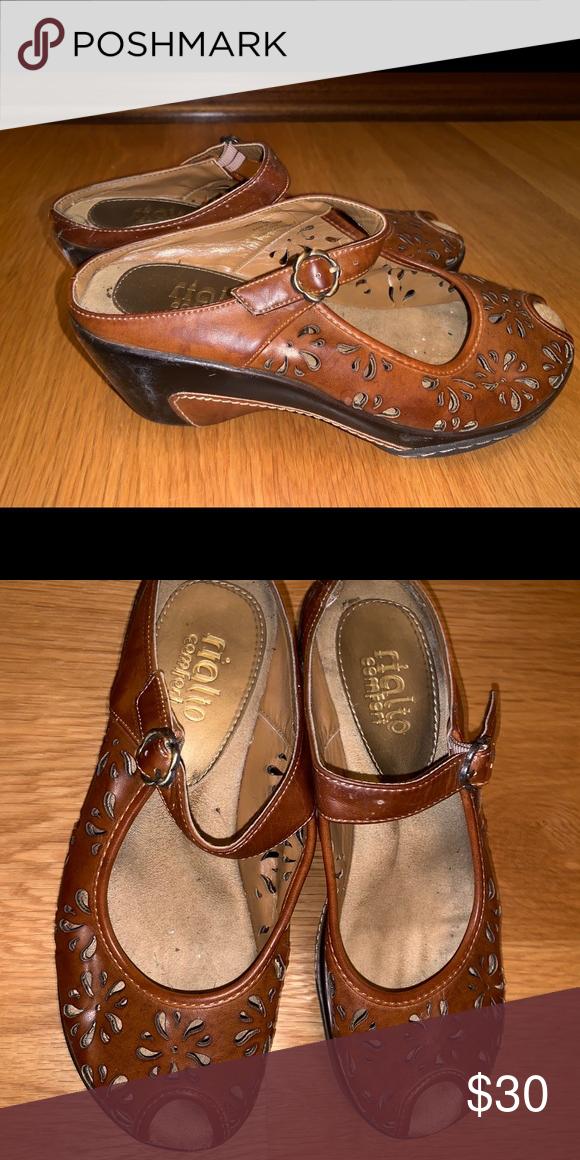 3f321918940 Women's shoes Women's shoes. Very soft soles!! Rialto Shoes Wedges ...
