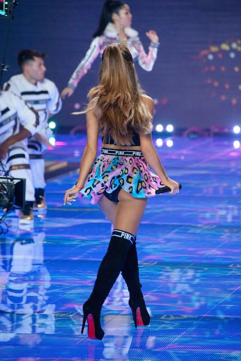 Ariana grande upskirt
