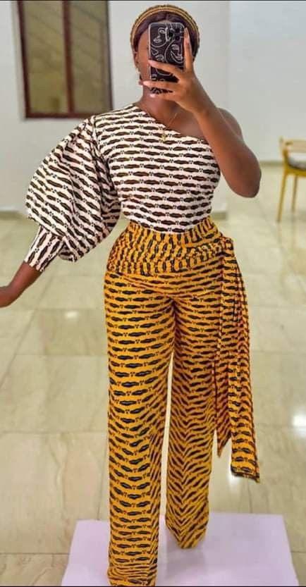 Vintage African Print Yellow  Orange //Red Crop Top Statement Sleeves L//XL UK Siz