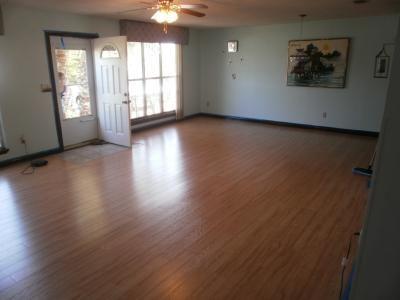Lowes Pergo Max Emerson Maple Flooring Pergo Flooring