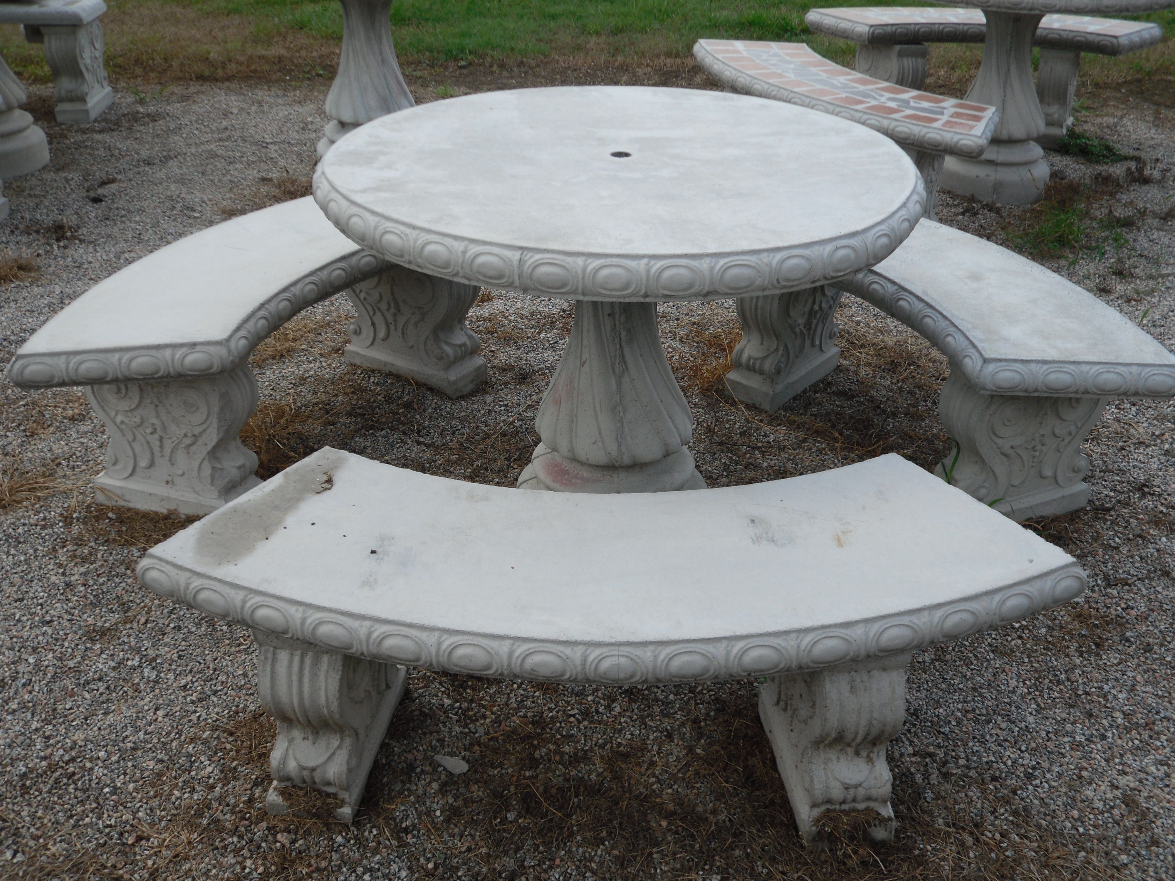 Large Round Stone Garden Table Check More At Http://www.arch20.club/2017/04/18/large-round-stone-gard… | Concrete Table, Concrete Outdoor Table, Outdoor Patio Table