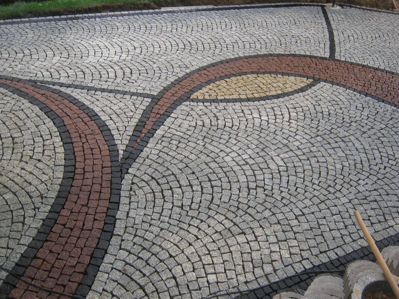 Granitpflaster Gespalten Aus Polen Ab 52 Euro Tonne Pflaster Aus